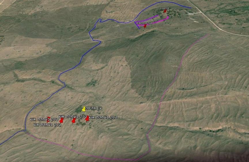 מפה (משוערת) של כוח ברוש בקרב תל פאחר. השביל הלבן מימין - כביש הנפט. בכחול: דרך ההטיה. להגדלה - לחצו