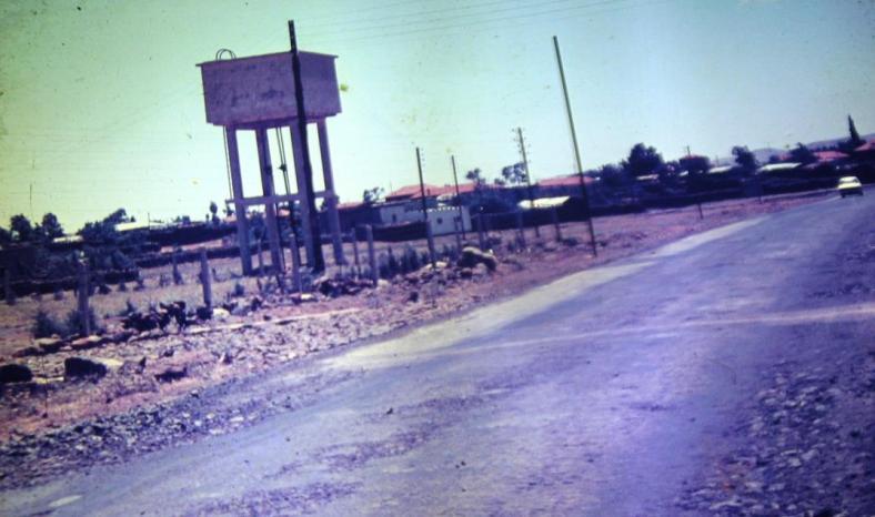 הכפר הצרקסי מנסורה ליד קונייטרה