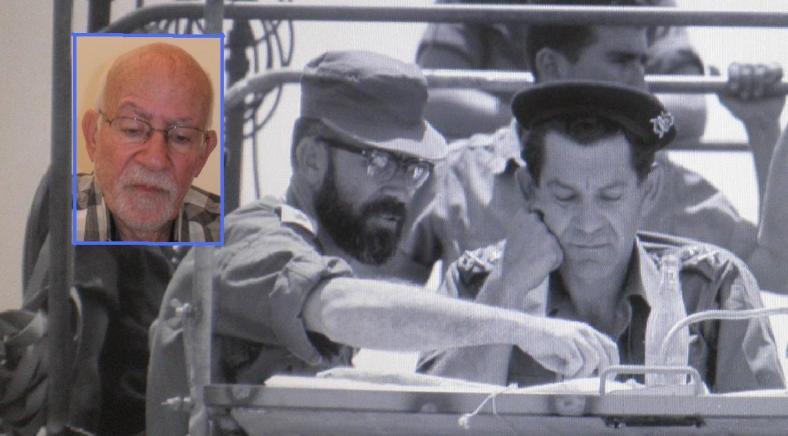 """אז - והיום. זלמן גנדלר עם דדו בזחל""""ם הפיקוד במלחמת ששת הימים. צילום: אפרים קדרון, ארכיון צה""""ל. לחצו להגדלה"""