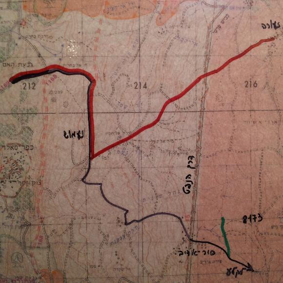 """מפת הקרב. באדום: הדרך שהיה אמור לעשות גדוד 129 ע""""פ התכנון. שחור: הביצוע. ירוק: הטנק של מוקדי"""