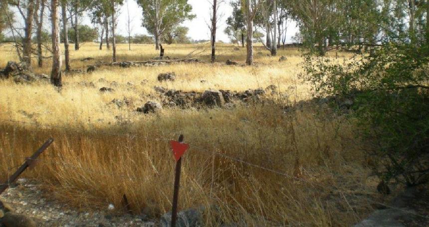 איזור הבונקרים של בית המכס בו אירעה ההתפוצצות (צילום: זאב שרון)