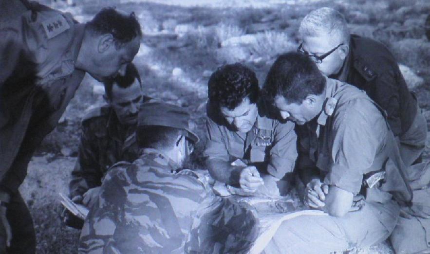 """דדו בעת כיבוש הרמה הסורית. מייזל: """"מי שניהל את המערכה היו מפקד האוגדה אלעד פלד בדרום והמח""""טים בצפון. צילום: ארכיון צה""""ל"""