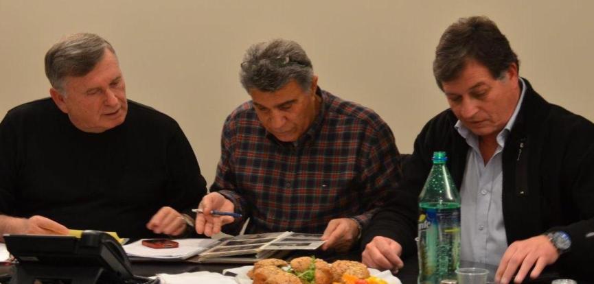 מימין: איזי חמווי, שמוליק מוראד ומוטי רוזנבלום (צילומים: בן רוזנבלום)