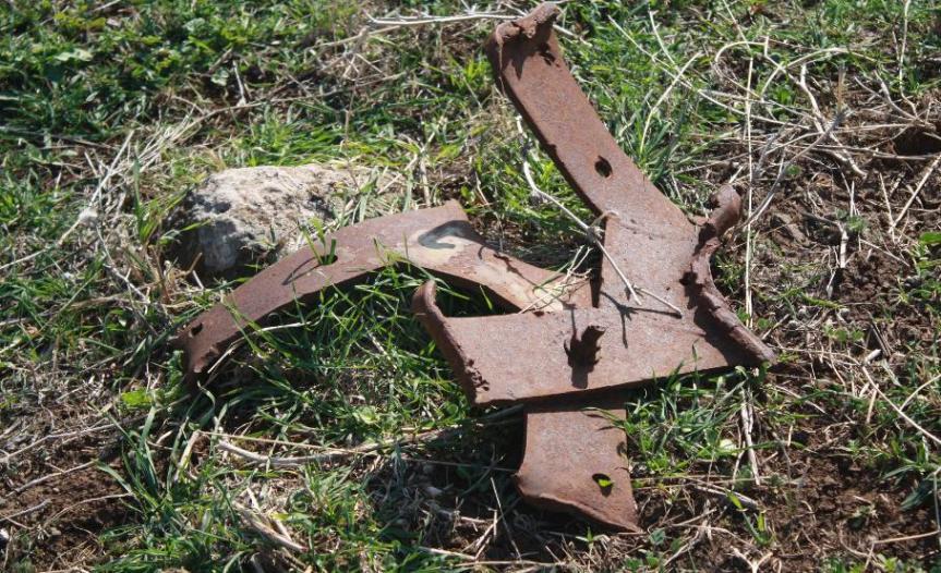 שריד נוסף מהטנק של ברוש שנמצא בסמוך לגלגל מניע