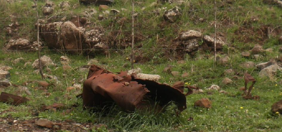 """משרידי הזחל""""ם: מיכל הדלק על דרך ההטיה"""