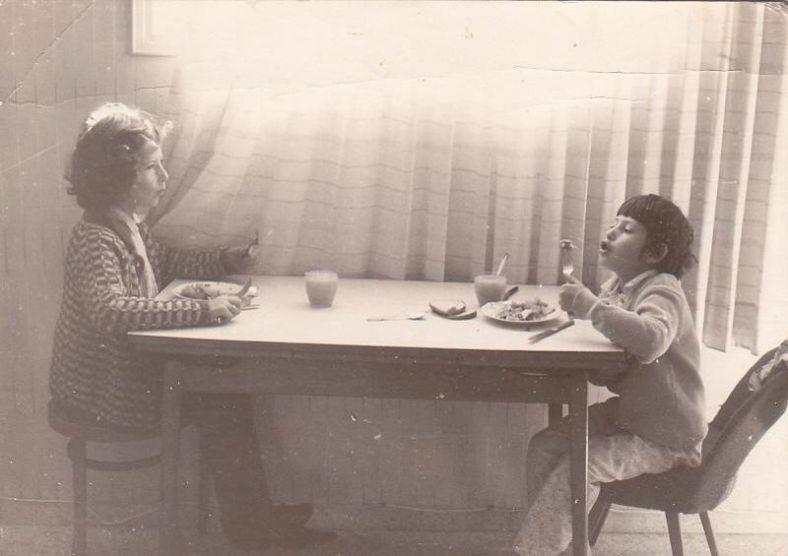 טלי (מימין) ורולי זמן קצר לאחר מלחמת ששת הימים