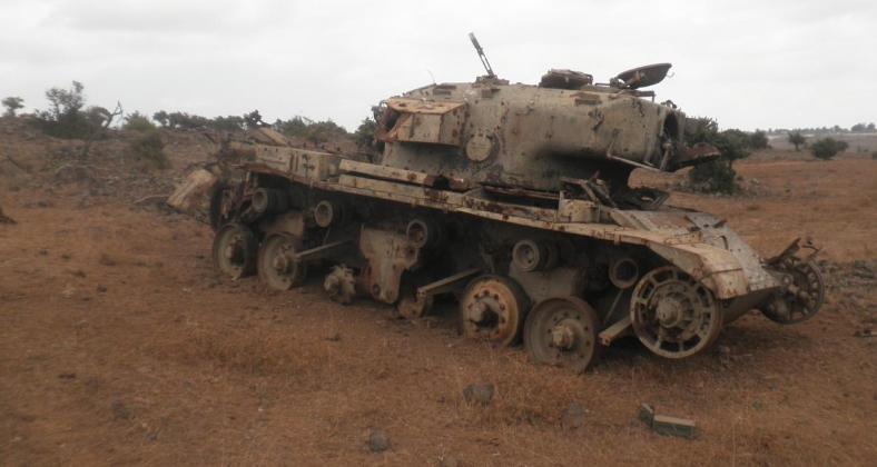 הטנק הישראלי שמוטל בשטח ומשמש מטרה לאימוני שריון