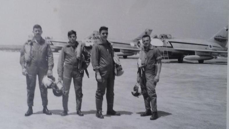 אסף בן-נון בטייסת המיסטרים 109 ברמת דוד