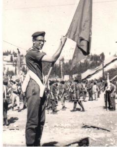 הדגלן אלי סימון לקראת המצעד בירושלים