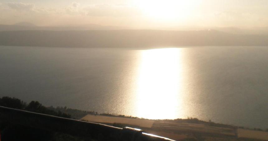 הכביש המזרחי של הכינרת, תצפית מכפר חרוב