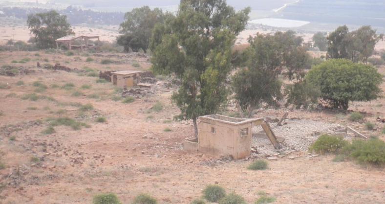 הכפר סיר א-דיב מבט מלמעלה, ממזרח למערב