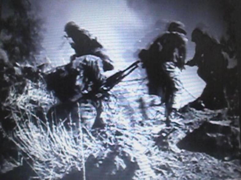 צילום מתוך שחזור כיבוש מוצב תל פאחר. את הפירוטכניקה הכינו חיילי המסייעת של גדוד 12