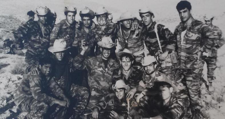 המחלקה המסייעת בגדוד 12. ביבר בשורה שנייה במרכז, בשורה השנייה משמאל יוסף ברוך שנהרג ביעד הדרומי של תל פאחר