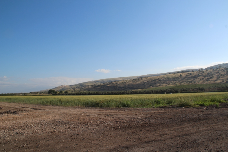 מבט פנורמי על הגזרה המרכזית של גבול סוריה - מתל הילאל ועד תל עורפיה [לצפייה מיטבית לחצו על הצילום]