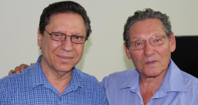 """עזרא ברוש [מימין] עם ד""""ר ג'קי הורנר. נפגשים לראשונה אחרי 48 שנה"""