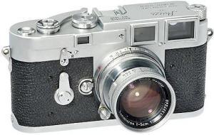 מצלמת לייקה מהסוג שהיה לבן סירא ב-1967