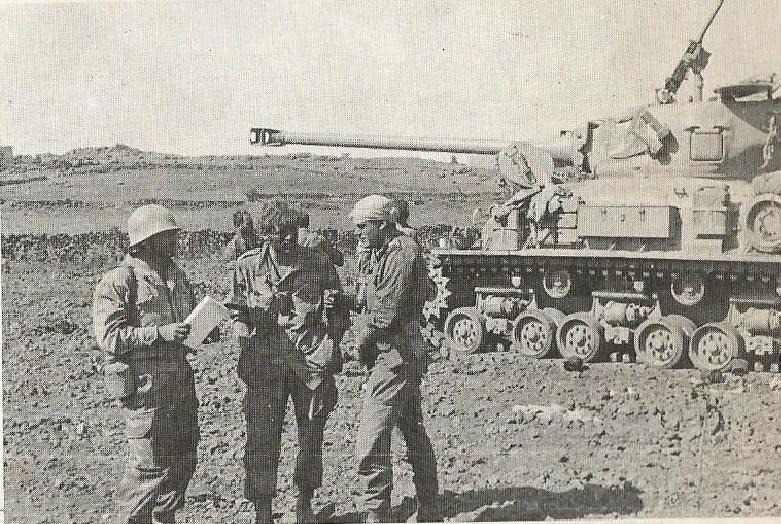 נתי הורביץ חבוש בראשו למחרת הקרב על קלע, שעליו זכה בעיטור הגבורה