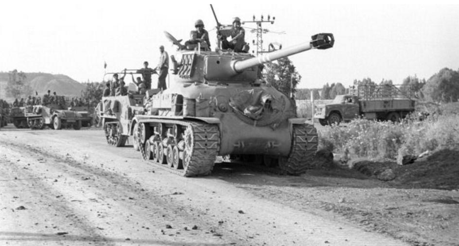 """חטיבה 45 במבואות ג'נין [צילום: """"במחנה"""", ארכיון צה""""ל]"""