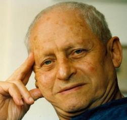 """אהרן מגד ז""""ל, זוכה פרס ישראל לספרות"""