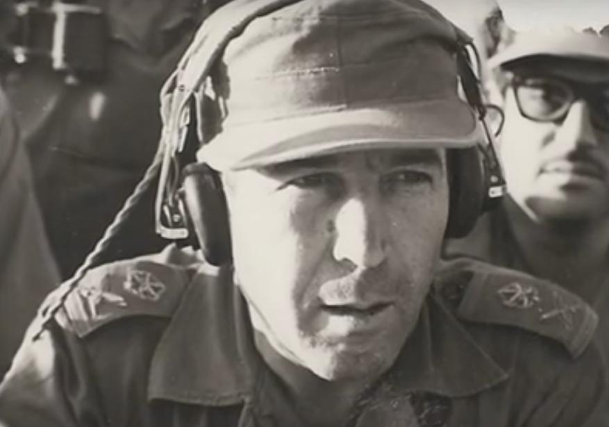 """טליק במלחמת ששת הימים. מפקד גייסות השריון המיתולוגי [צילום: ארכיון צה""""ל]"""