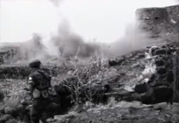 כיבוש תל עזזיאת. מתוך סרט השחזור של כיבוש הרמה הסורית שנערך באוג' 1967