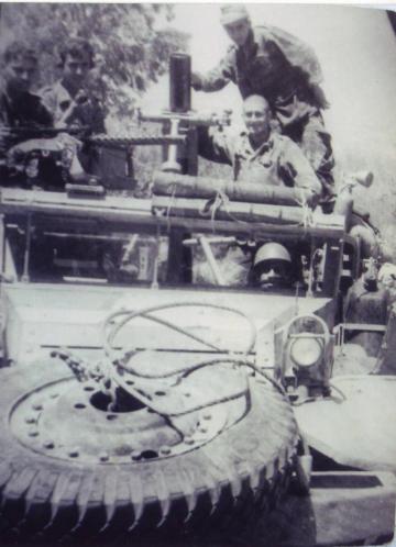 """צוות הזחל""""ם בתקופת הכוננות, מאי 1967"""